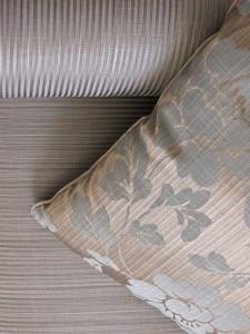pillow-185307_640-225x300