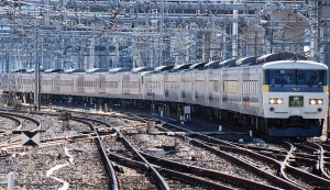train-76723_640-300x173