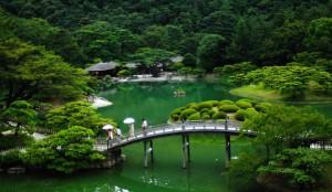 japan-86183_640-300x174