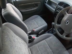 20111211_car_2838_w800-300x225